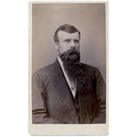 Retrato masculino de época. Estudio Holcomb & French Photographers. Garrettville. Ohio. EEUU. 1870